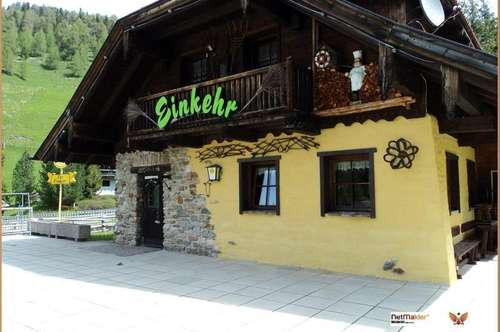 Ski-Hütte mit Wohnung