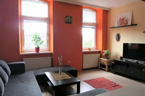 Wunderschöne, sehr gut angelegte Wohnung. Gepflegtes Altbauhaus