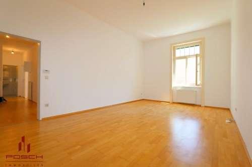 !! 3 Zimmer plus Küche und 2 Balkone, helle barrierefreie Zentrumswohnung im Denkmalschutzgebäude