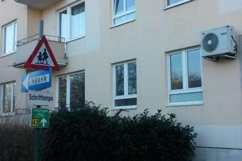 Anlegerwohnung. Wandern, Motorradfahren. Triestingtal. Wohnung am Bach. Neubauwohnung im 1. Stock.