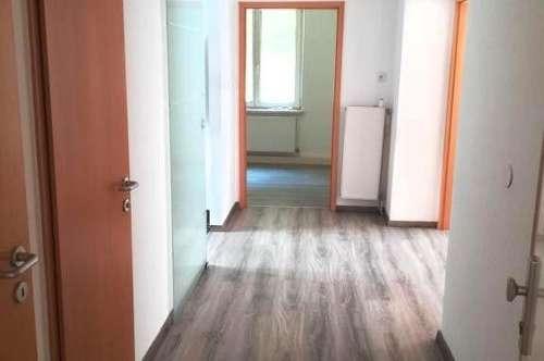 """""""Helle 3-Zimmerwohnung im Hochparterre mit Gemeinschaftsgarten"""""""