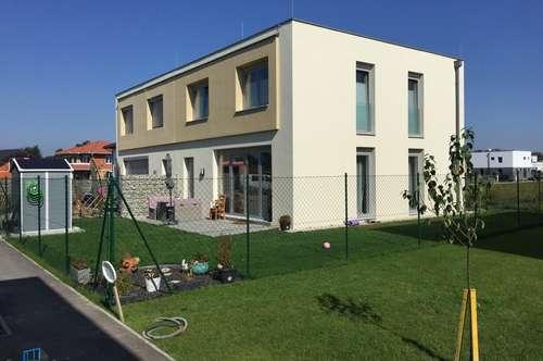 Neubau Nähe Wien Süd- ZIEGELMASSIV mit GARTEN UND TERRASSE in Topqualität