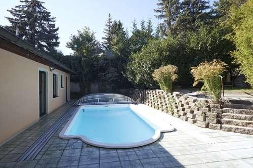 Bestlage Barmhartstal! Exklusiver 3-Schlafzimmer-Bungalow mit Outdoor-Pool, Südterrasse sowie Doppelgarage