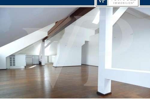 3-Zimmer Dachgeschosswohnung mit Penthouseflair