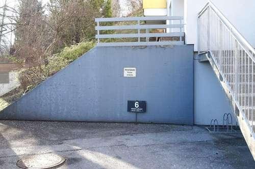 HÖTTING: Abstellplatz im Freien - ab sofort!