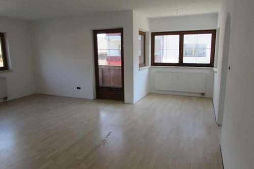 INZING - 2-Zimmer-Wohnung mit Balkon und Abstellplatz im Freien