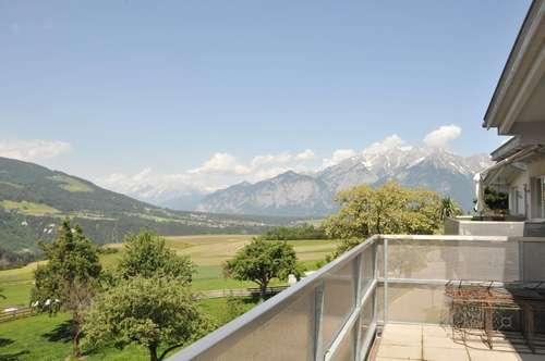 Dachterrassenwohnung mit tollem Blick auf die umliegenden Berge