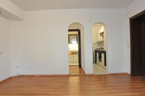 Gemütliche 1 1/2 Zimmer Wohnung in ruhiger Lage im westl. Mittelgebirge