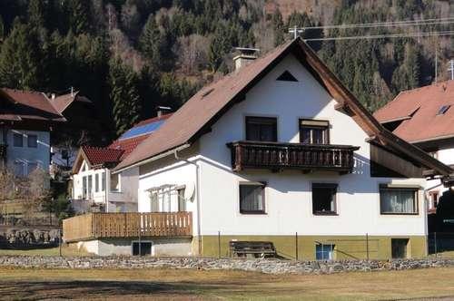 Gepflegtes Wohnhaus in Seenähe