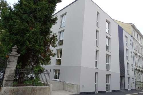 traumhafte 3-Zimmerwohnung mit großer Terrasse in UNI-Nähe