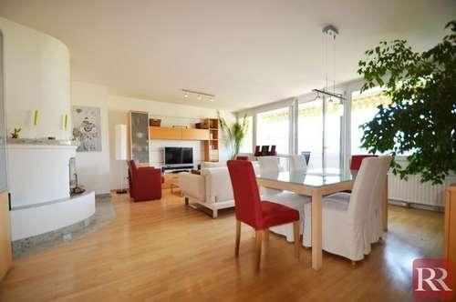 Großzügige 3-Zimmer Wohnung mit Sonnenloggia - 2 Stellplätze inklusive