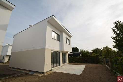 Modernes Einfamilienhaus auf Eigengrund 0% Provision U1- Nähe