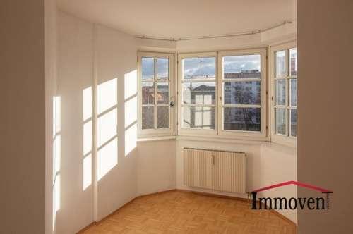 UNBEFRISTET! Moderne und schöne Wohnung mit Blick auf die Mur und den Schloßberg