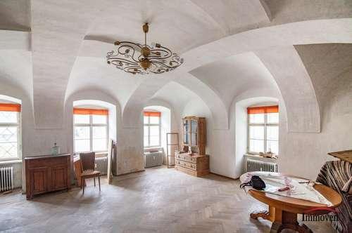 EXKLUSIVER LANDSITZ - Renovierungsbedürftiges, sehr schönes Herrenhaus - auch als Gewerbeobjekt nutzbar!