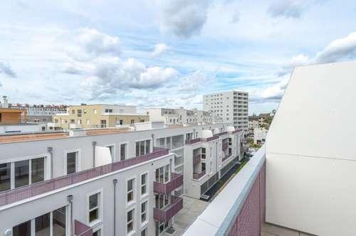 ERSTBEZUG: moderne 3-Zimmer-DG-Wohnung! Abendsonne auf der eigenen Terrasse genießen!