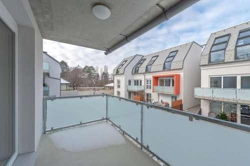 **ERSTBEZUG** 2 Zimmer Wohnung mit idealer Raumaufteilung und Terrasse!