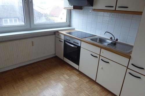 2 Zimmer Wohnung, Küche, Bad