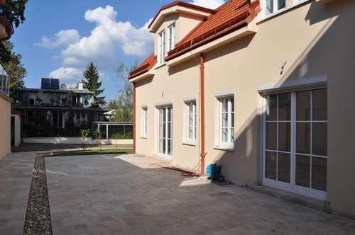 PROVISIONSFREI: neuerrichtete Doppelhaushälfte mit großer Terrasse