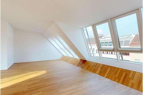 traumhafte Dachgeschosswohnung mit Terrasse I 4 Zimmer I Garagenstellplatz