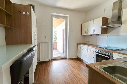 Ruhige 4-Zimmer-Wohnung mit großem Balkon in der Thurnfeldgasse/Hall in Tirol