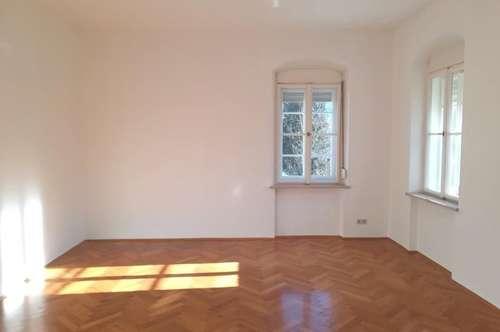 Sehr schöne 5 Zimmer Wohnung in der Amtsbachgasse zu vermieten.