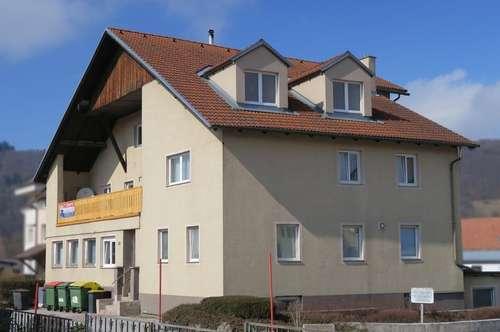 Mehrparteienhaus mit 9 Einheiten