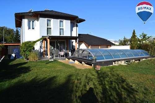 Neuwertiges Ziegelmassivhaus mit großzügigen Garten!
