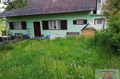 Kleines Wohnhaus mit Nebengebäude!