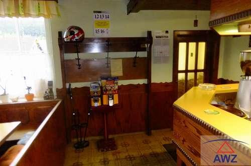 Gasthaus mit Fremdenzimmer und Wohnung.