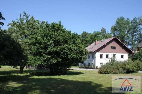 Älteres Wohnhaus in Naturlage
