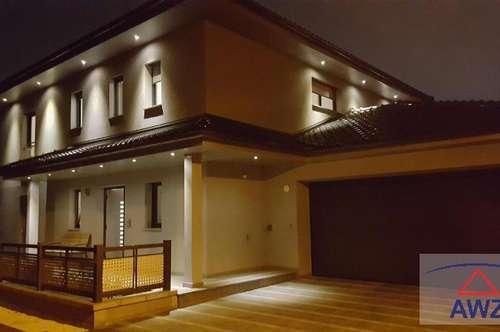 Sehr stilvolles Einfamilienhaus mit TOP-AUSSTATTUNG !