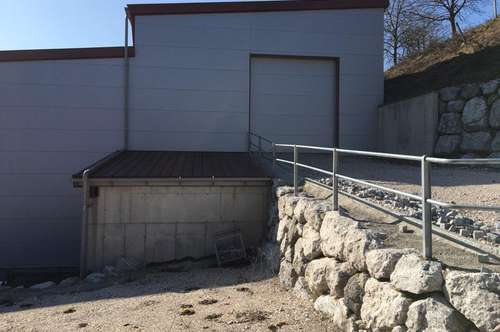 Neuwertige Gewerbeimmobilie im Raum Steyr/Garsten!