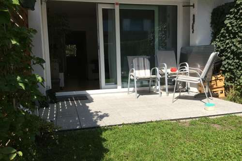 Traumhafte 2-Zimmer-Wohnung mit Garten !