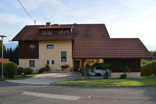 Sonnig gelegenes Ein-/Mehrfamilienhaus