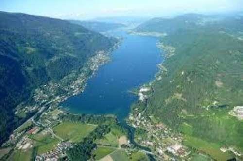 TOP! Traumhaftes Seegrundstück direkt am Ossiacher See!