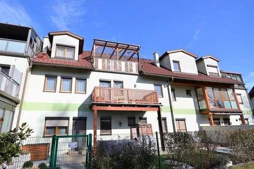 Familienfreundliche DG Maisonette mit Balkon und Terrasse in Seyring