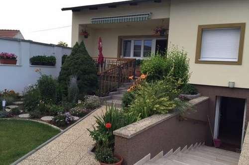 Einfamilienhaus in ruhiger Lage, unterkellert,mit gepflegtem Garten, Zurndorf