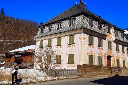 Liebhaber gesucht - für museales Herrenhaus mit ländlichem Charme in toller Gegend zu verkaufen!