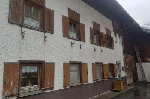 ca. 360m² Mehrfamilienhaus oder Arbeiten & Wohnen unter einem Dach...