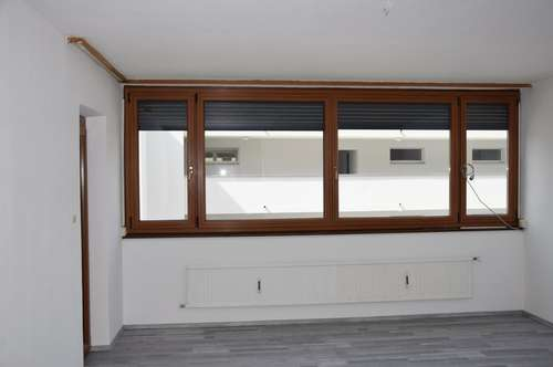 3-Zimmer-Wohnung in sonniger & ruhiger Lage zu vermieten!