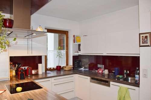 Gepflegte 5-Zimmer-Wohnung mit großzügigem Privatgarten zu verkaufen!