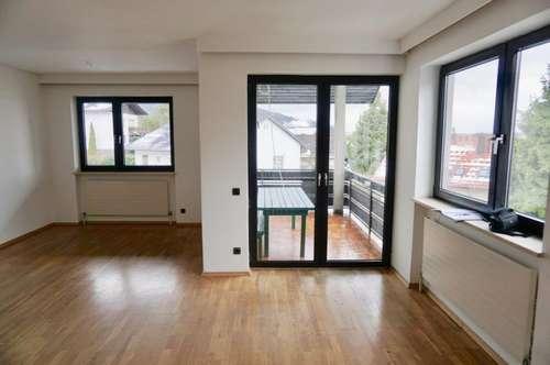 3 Zimmerwohnung mit Balkon in ruhiger Stadtrandlage!!