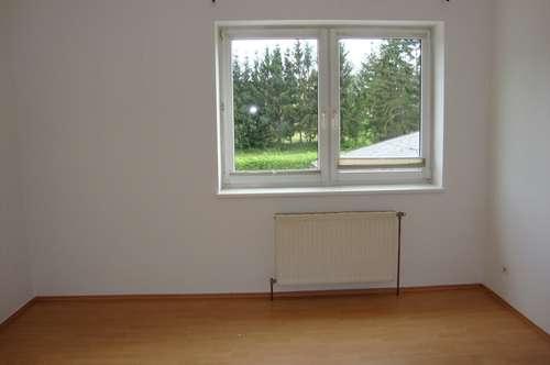 Wiener Straße- 2 Zimmer mit Gemeinschaftsgarten und 2 Autoabstellplätzen