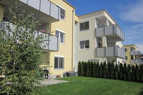 Neuwertige, großzügig aufgeteilte Dreizimmerwohnung in Waidmannsdorf
