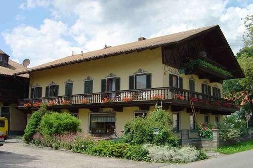 Wohnung im Zentrum von St. Pantaleon in einem Bauernhaus (2.Stock; inkl. Balkon)