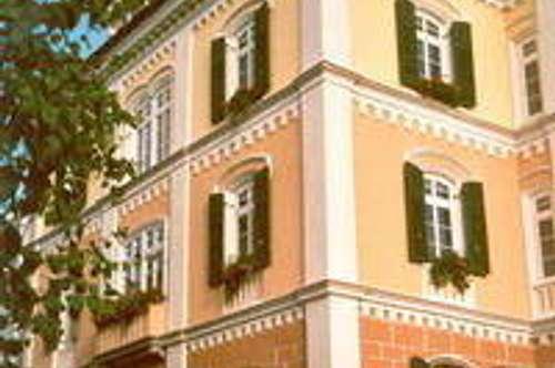 Singlewohnung in Jahrhundertwende-Haus