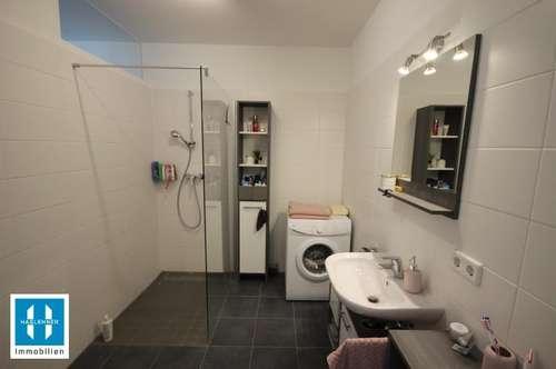 **RESERVIERT** gemütliche, neuwertige 49,49qm Singlewohnung mit Südbalkon - WOHNEN IM PARK