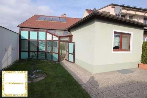 EINFAMILIENHAUS mit 4 Räumen und RIESENGRUNDSTÜCK - 20 Min. nordöstlich von Wien