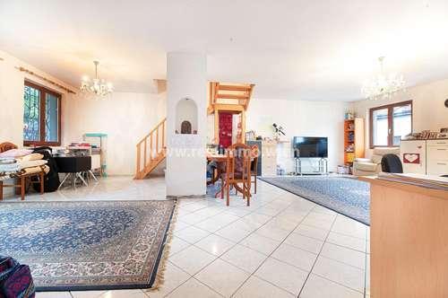 3412 Kierling, schönes Einfamilienhaus (teilweise sanierungsbedürftig) mit POOL, 380m² und 7 Zimmer mitten im Grünen. (Barrierefrei!)