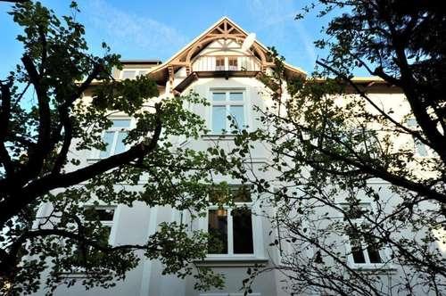 Stilvoll saniertes Stadthaus mit charmantem Garten in bester Villengegend!